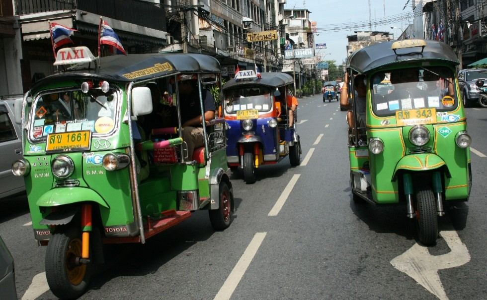tuk-thailand-day-tours