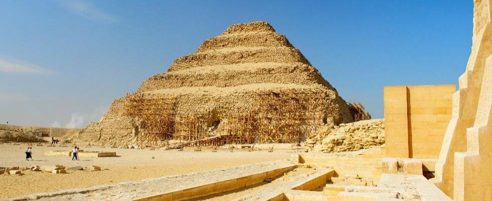 saqqara-memphis-egypt-day-tours