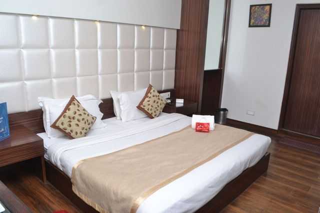 Double Room in Hotel Surya Shimla